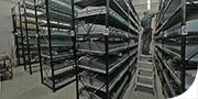 Magazzino fornito di ricambi per tank, silo e container